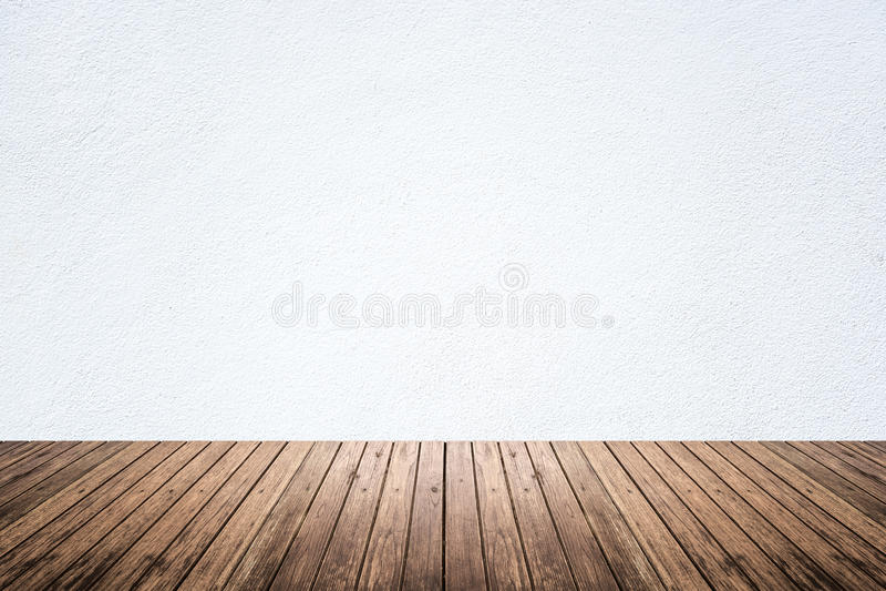 Sitio vacío del piso blanco de la pared y de madera imágenes de archivo libres de regalías