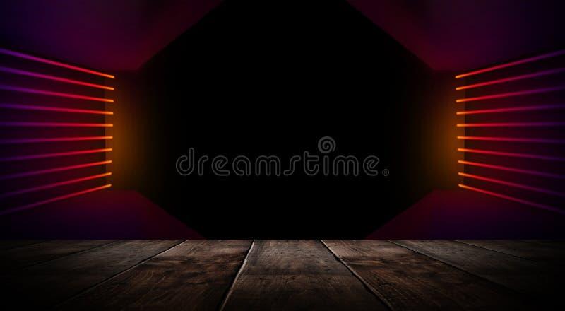 Sitio vacío oscuro con las paredes de ladrillo y las luces de neón, humo, rayos foto de archivo libre de regalías