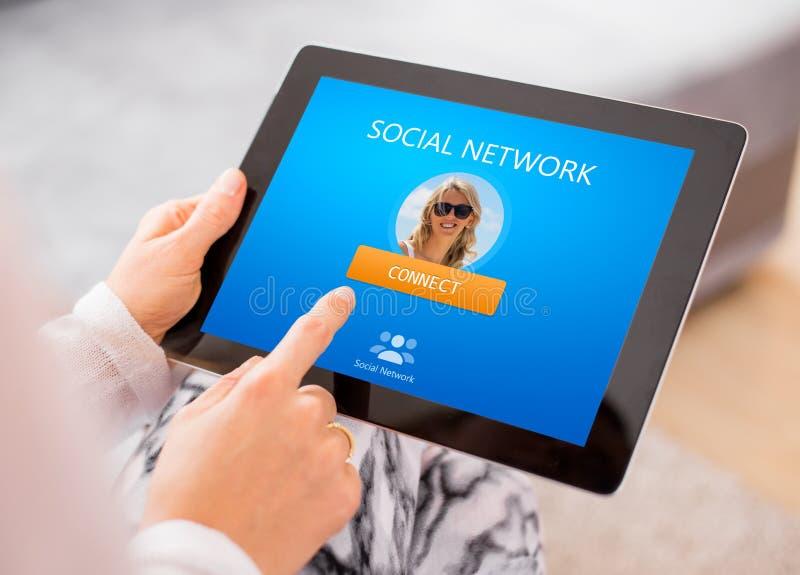 Sitio web social de la red en la tableta imagen de archivo