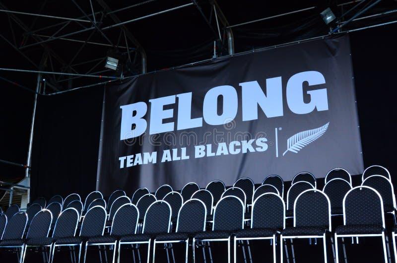 Sitios vacíos de todos los jugadores de equipo del rugbi de los negros foto de archivo libre de regalías