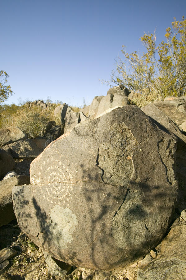 Sito nazionale del petroglifo di tre fiumi, ufficio di a (BLM) del sito della gestione del territorio, caratteristiche pe dell'in fotografia stock libera da diritti
