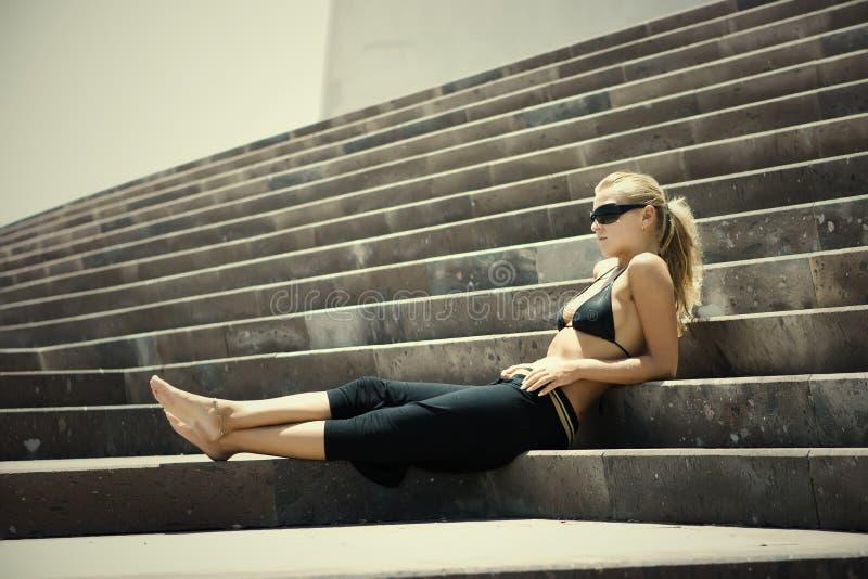 sittande trappa fotografering för bildbyråer