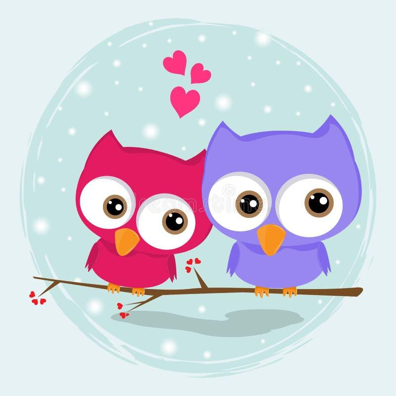 Sitter älska ugglor för hälsningkort två, lyckliga fåglar på ett träd stock illustrationer