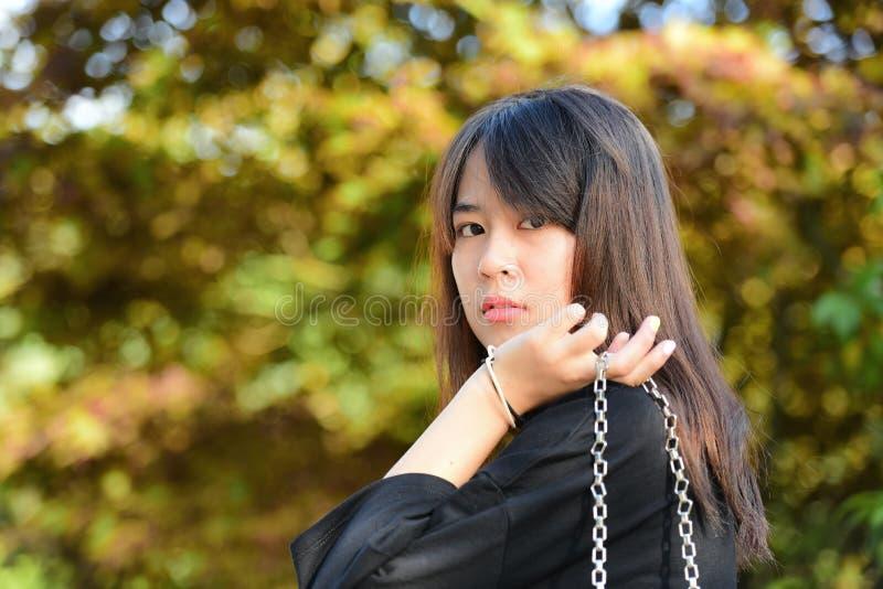 Situación asiática de la muchacha del adolescente foto de archivo libre de regalías