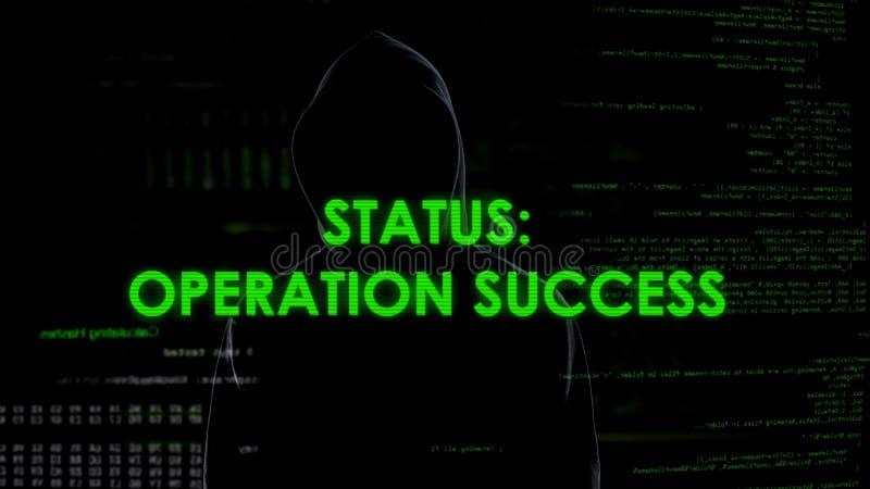 Situación del éxito de la operación, dinero de robo y de transferencia del pirata informático del banco imágenes de archivo libres de regalías