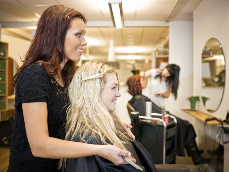 Situazione del salone di capelli immagini stock libere da diritti