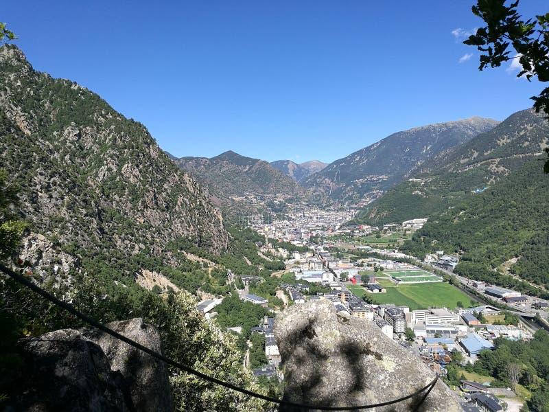 Sity de la montaña fotografía de archivo libre de regalías