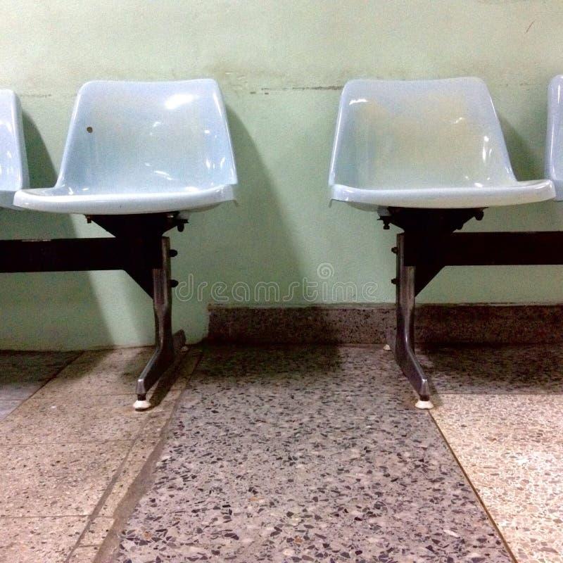 Sitz zwei haben Raum stockfotografie