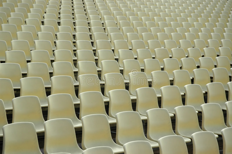 Sitze am Stadion lizenzfreie stockfotos