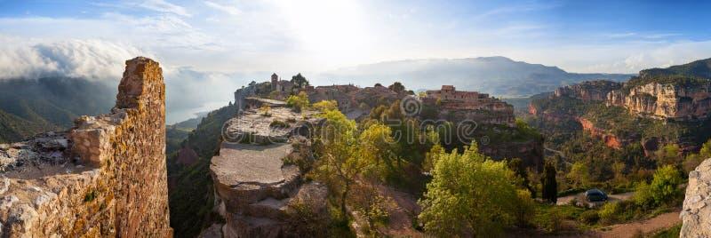 Siurana wioska w prowinci Tarragona zdjęcie royalty free