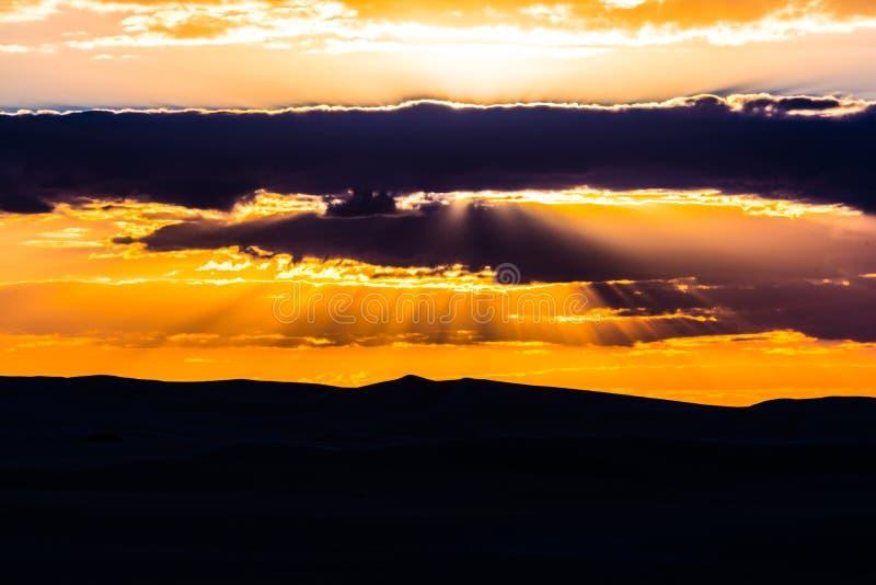 Siwa沙漠日落 免版税图库摄影