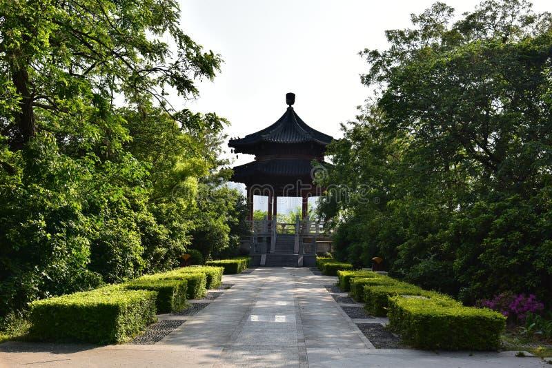 Download Siwangpaviljoen stock foto. Afbeelding bestaande uit bomen - 54088158