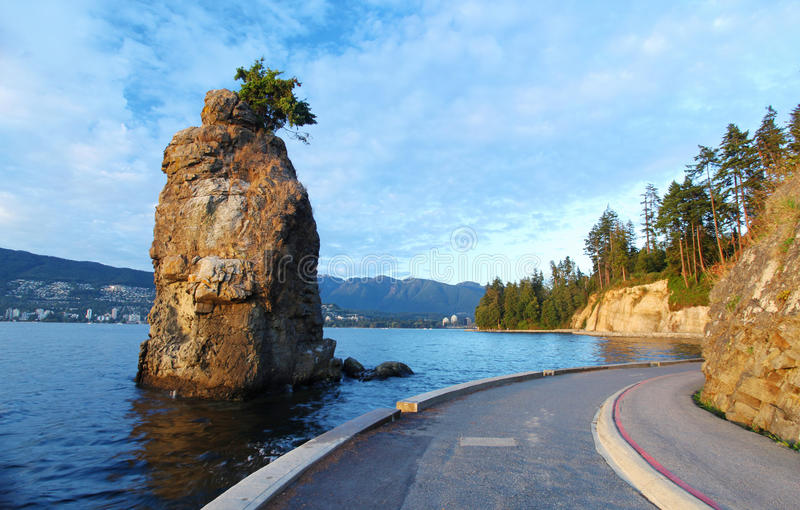 Siwash-Felsen nahe Vancouver stockfoto