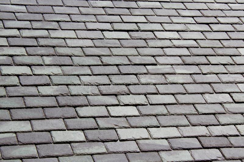 Siwieje Łupkowego Dachówkowego dach fotografia royalty free