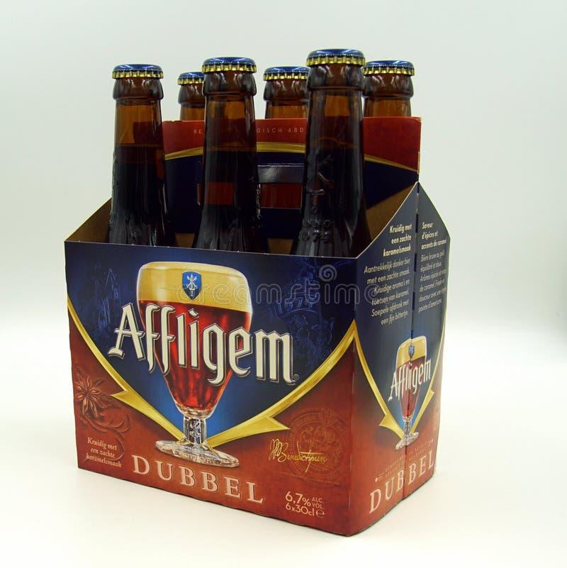 Sixpack delle birre di Affligem Dubbel fotografie stock libere da diritti