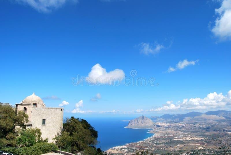Sizilianische Landschaft stockbild