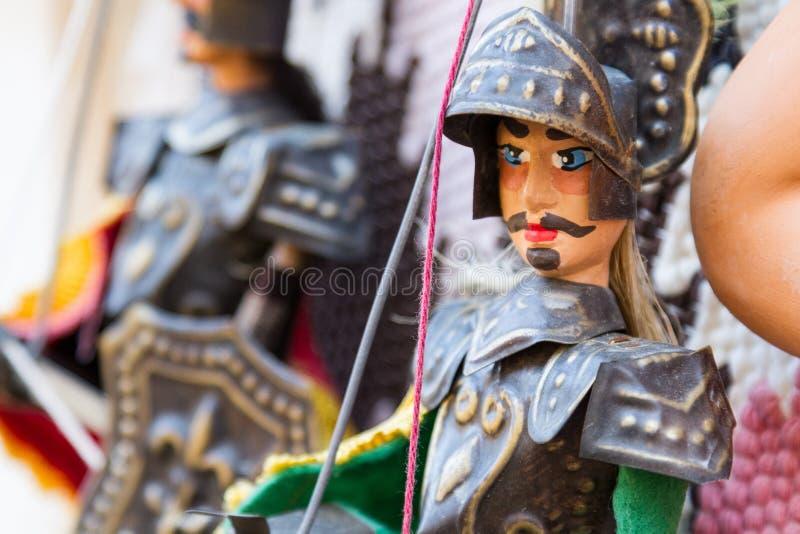 Sizilianische Marionetten für Verkauf lizenzfreie stockfotografie