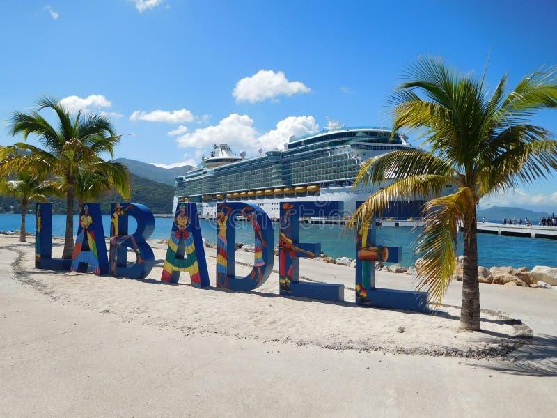 Självständighet av haven på Labadee royaltyfria foton