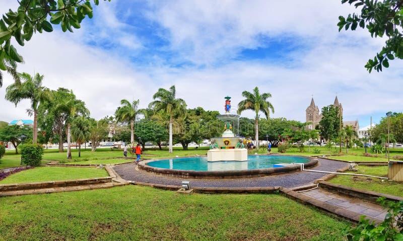 Självständighetfyrkant i Basseterre St Kitts royaltyfria foton