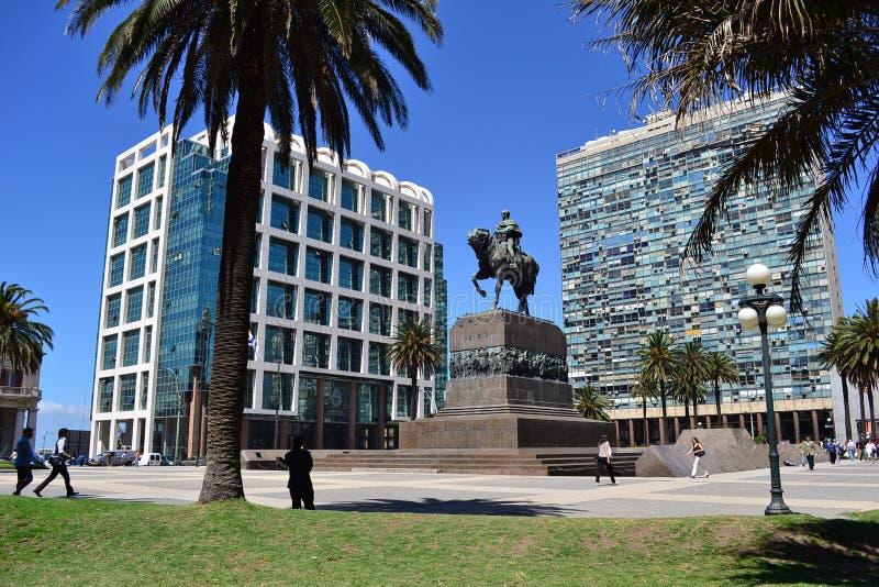Självständighetfyrkant, Montevideo, Uruguay arkivfoton