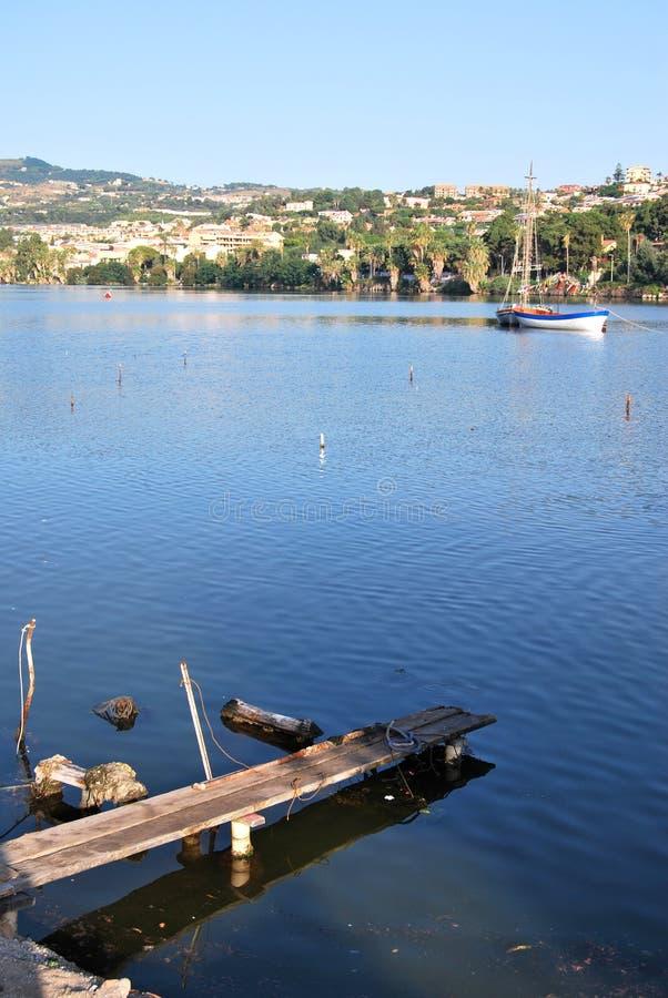 Sjö av Ganzirri - Messina royaltyfri bild