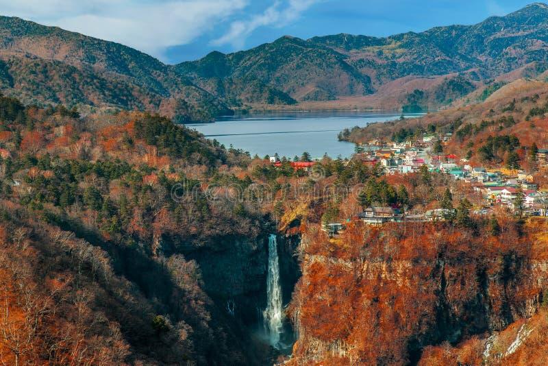 Sjö Chuzenji på den Nikko nationalparken i Japan royaltyfria foton