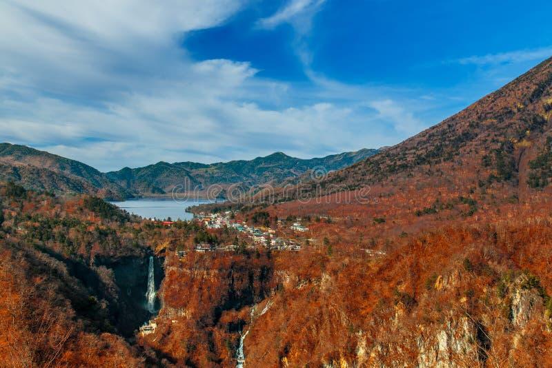 Sjö Chuzenji på den Nikko nationalparken i Japan arkivfoton