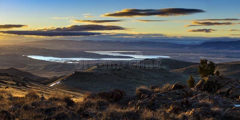Sjö Lahontan och Silver Springs soluppgång arkivfoto