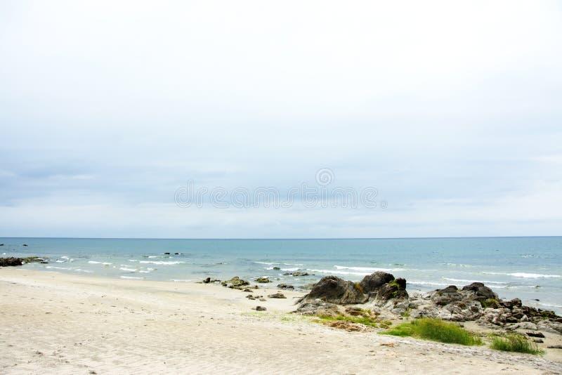 Sjö Malawi på en molnig dag royaltyfri bild