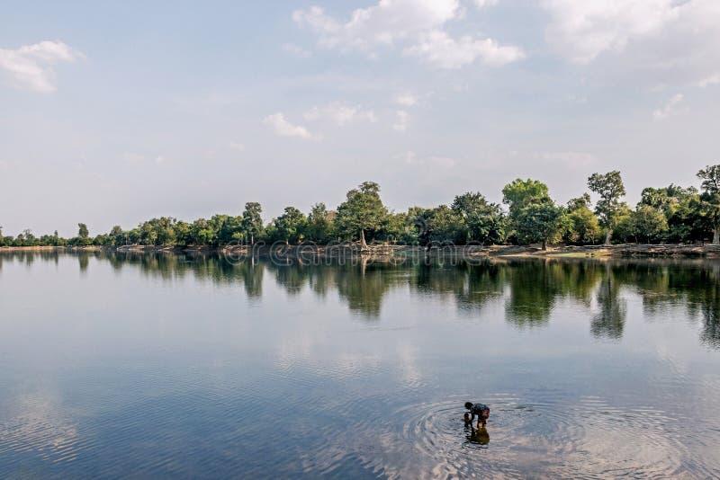 Sjö på Srah Srang i Angkor Wat royaltyfria bilder
