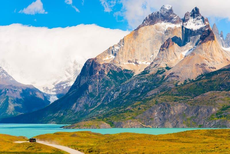 Sjö Pehoe, Torres del Paine nationalpark, Patagonia, Chile, Sydamerika Kopiera utrymme för text arkivbilder
