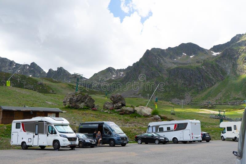 Sjöar Tristaina för högt berg i Pyrenees, Andorra royaltyfri fotografi