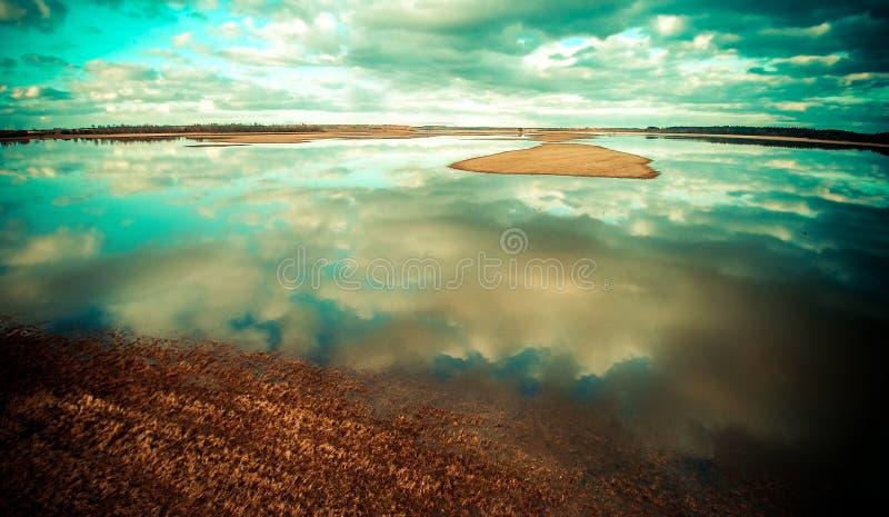 Sjölandskap arkivbilder