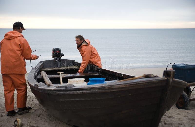 Download Sjömän arkivfoto. Bild av morgon, land, kust, enter, sjöman - 996694