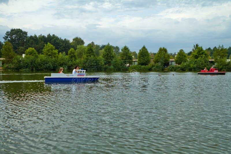 Sjön i parkerar, beskådar från fartyget arkivbilder