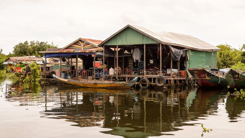 Sjön Tonle underminerar, Cambodja fotografering för bildbyråer