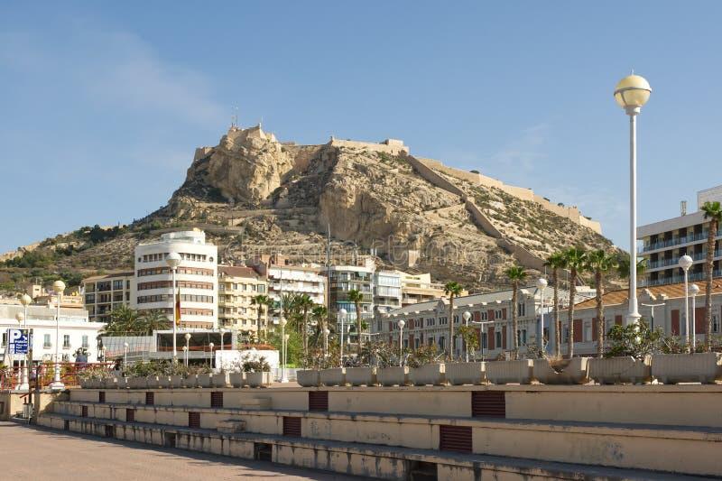 Sjösidapromenad på Alicante, Spanien arkivfoton