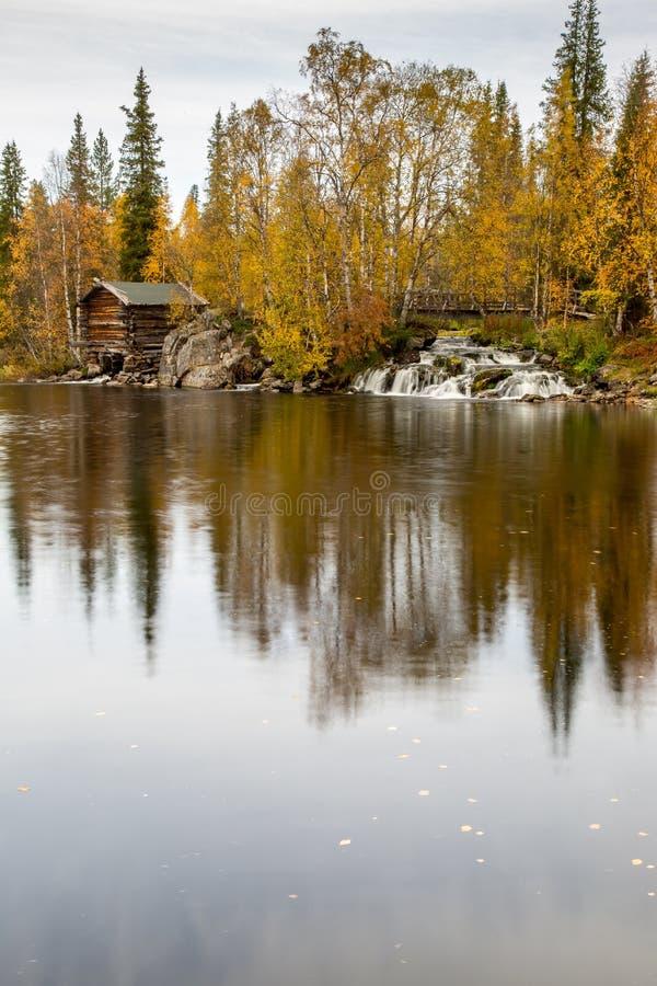 Sjösikt från Lapland arkivfoton