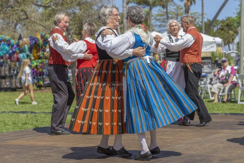 Sjövärde, Florida, festival för midnatt sol för USA mars som 3, 2019 firar finlandssvensk kultur royaltyfri foto