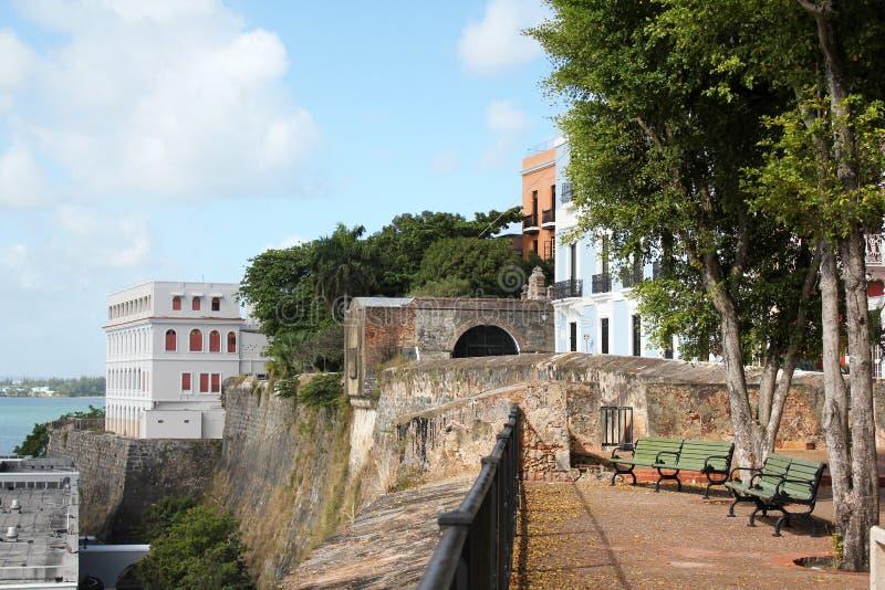SJ - Vecchio muro di cinta Castillo San Felipe del Morro fotografie stock