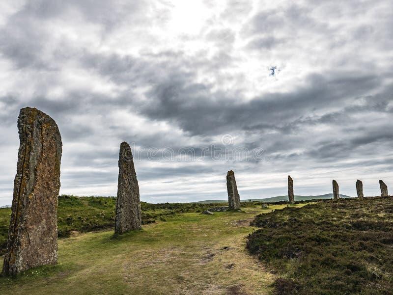 Sju stående stenar, cirkel av Brodgar royaltyfri foto