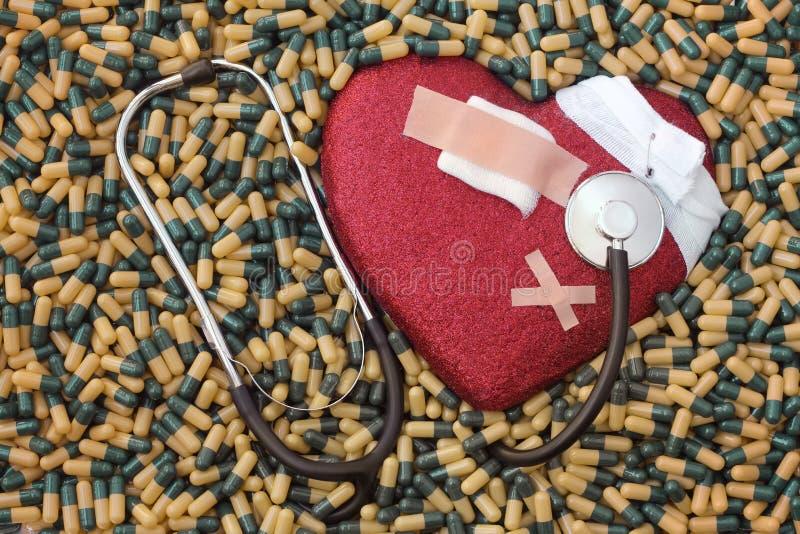 Sjuk hjärta, infarkt och bot arkivbilder