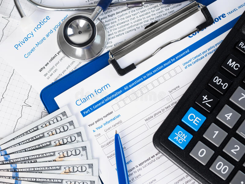 Sjukförsäkringreklamationsform royaltyfria bilder
