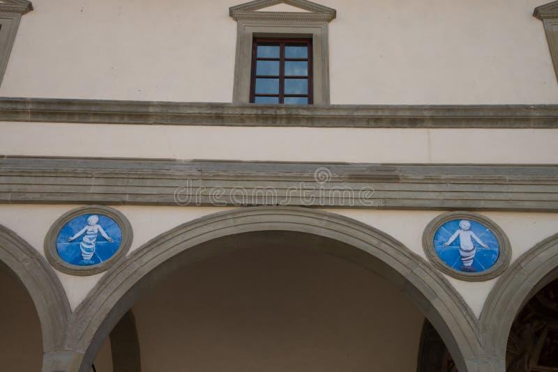Sjukhus för Ospedale degliInnocenti ` av oskyldig`en, också som är bekant i italienare som den Lo Spedale deglien Innocenti, Fire royaltyfri foto