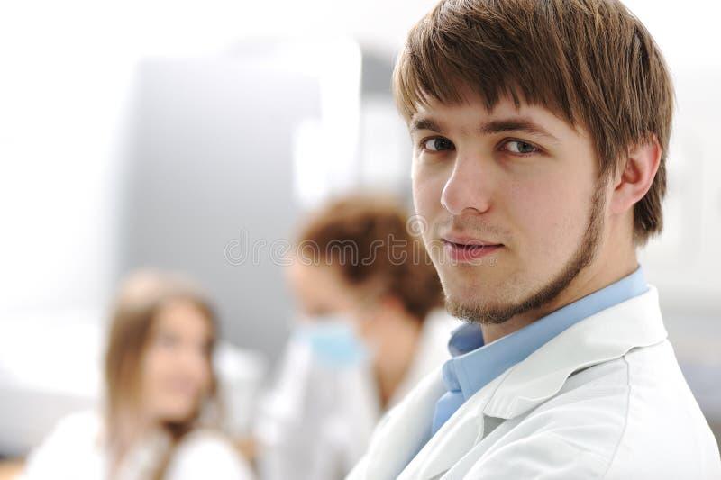 sjukhus inom den moderna universitetar för laboratorium arkivfoto