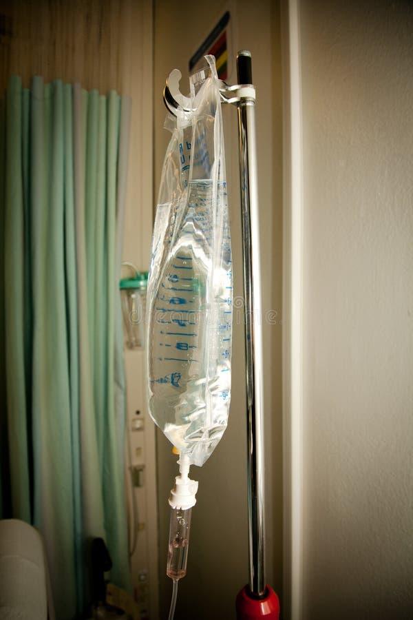 Sjukvård: Medicinsk dropppåse arkivbild