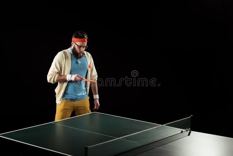 skäggig tennisspelare som öva i tennis fotografering för bildbyråer