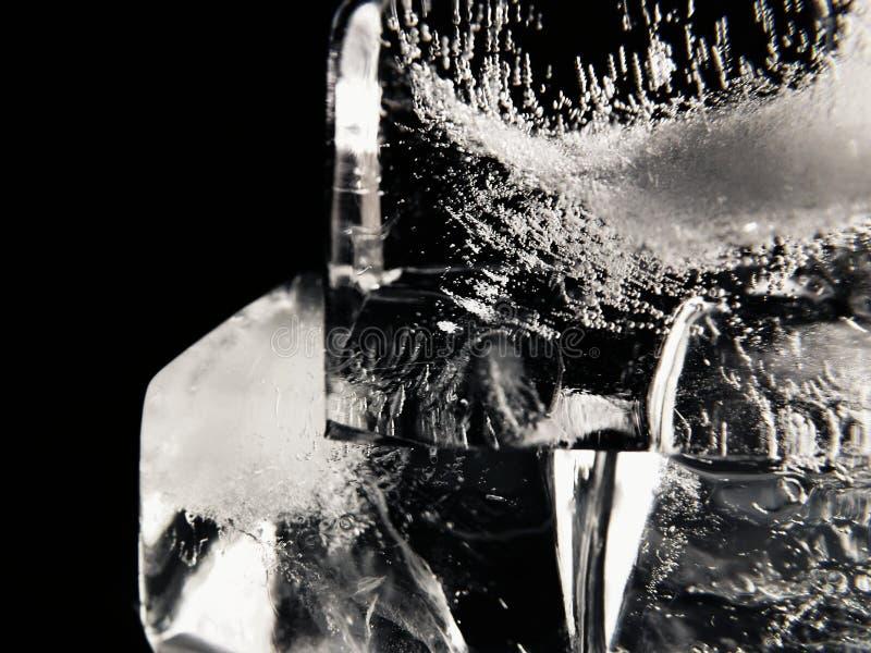 skära i tärningar issmältning royaltyfri foto