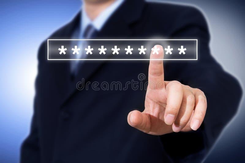 Skärm för apparat för inloggning för lösenord för affärsmanhand rörande, cybersäkerhetsbegrepp royaltyfri fotografi