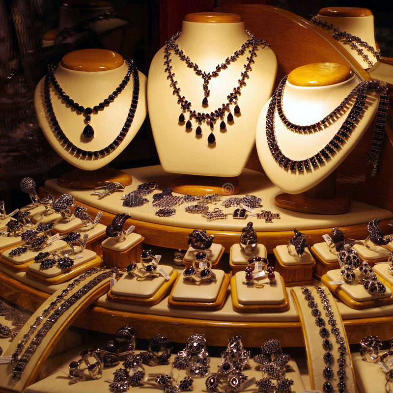 Skärm för smyckenlager arkivfoton